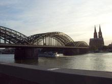 Прогулка по Рейну завершала первый день CommandCom